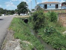 Boqueirão Z-Sul riacho virou valeta