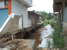 riacho no Centro - Rio Branco do Sul